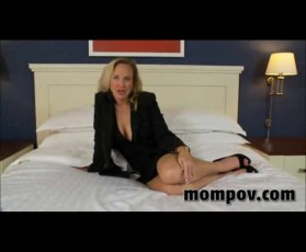 Sexy mature milf fuck young cock
