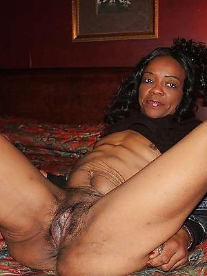 Mature african naked pussy pictures